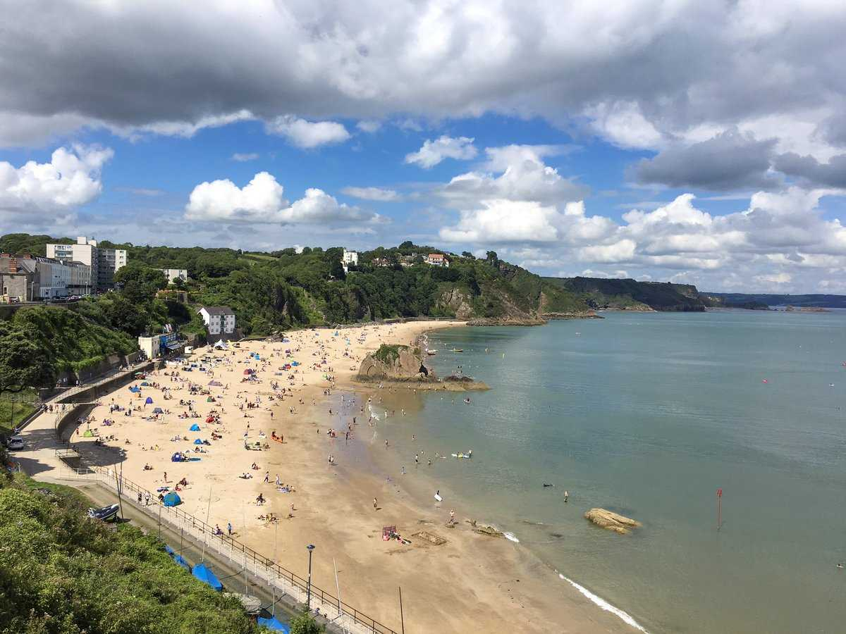 """Wish you were here"" says Mandy in Tenby<br />"